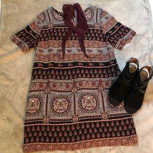 Loveriche L (runs small) pattern mini dress
